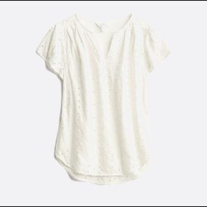 Market & Spruce Embroidered Blouse